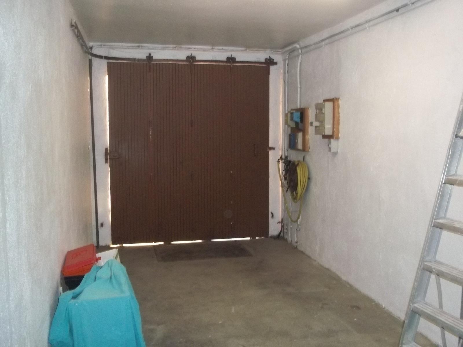 Vente perpignan proche clinique st pierre villa for Amenagement de garage en piece habitable