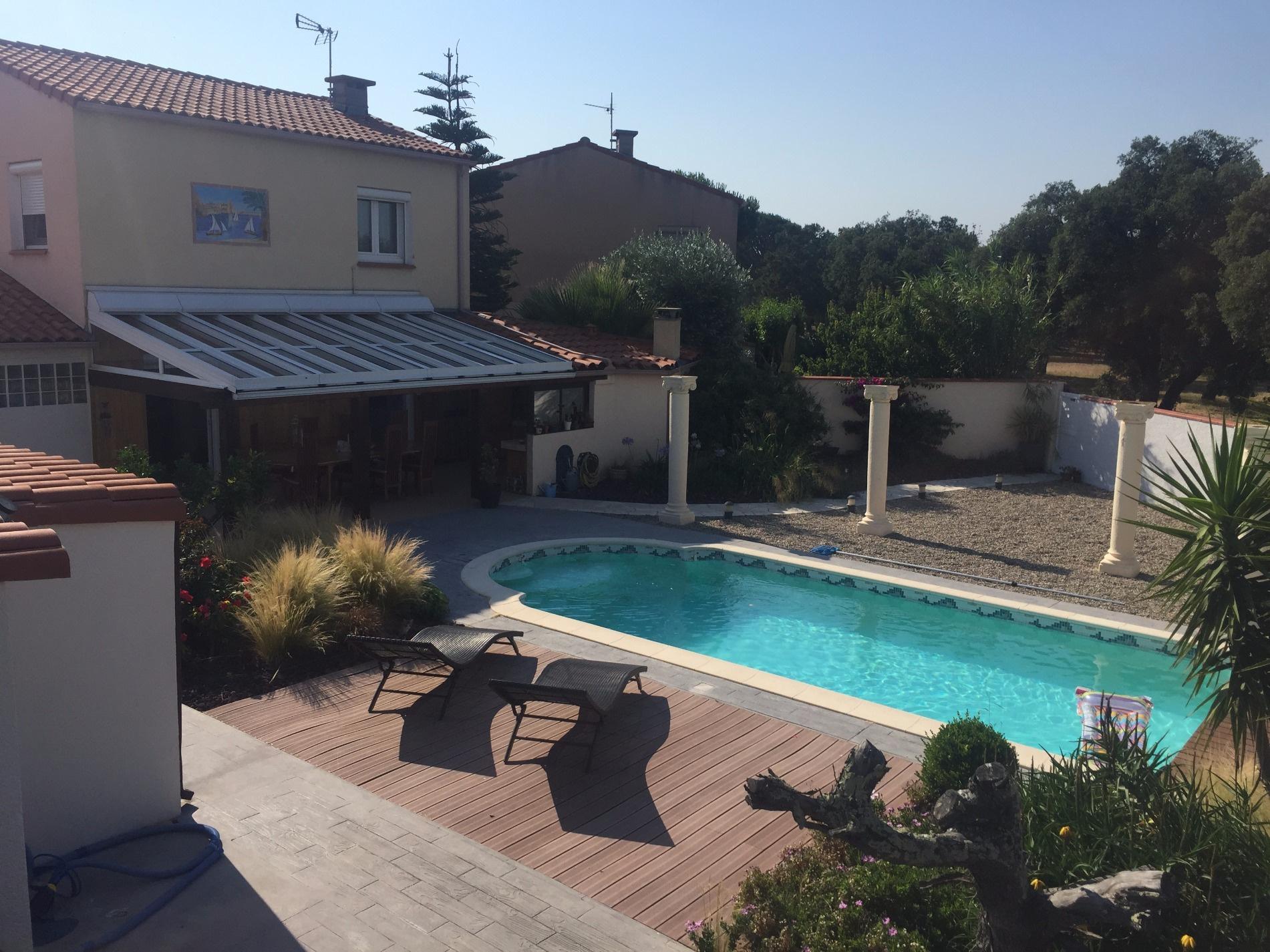 Vente villa saint est ve 100m avec piscine for Piscine st esteve